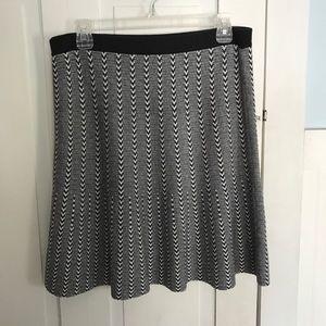 NWOT Stretchy Knit Skirt